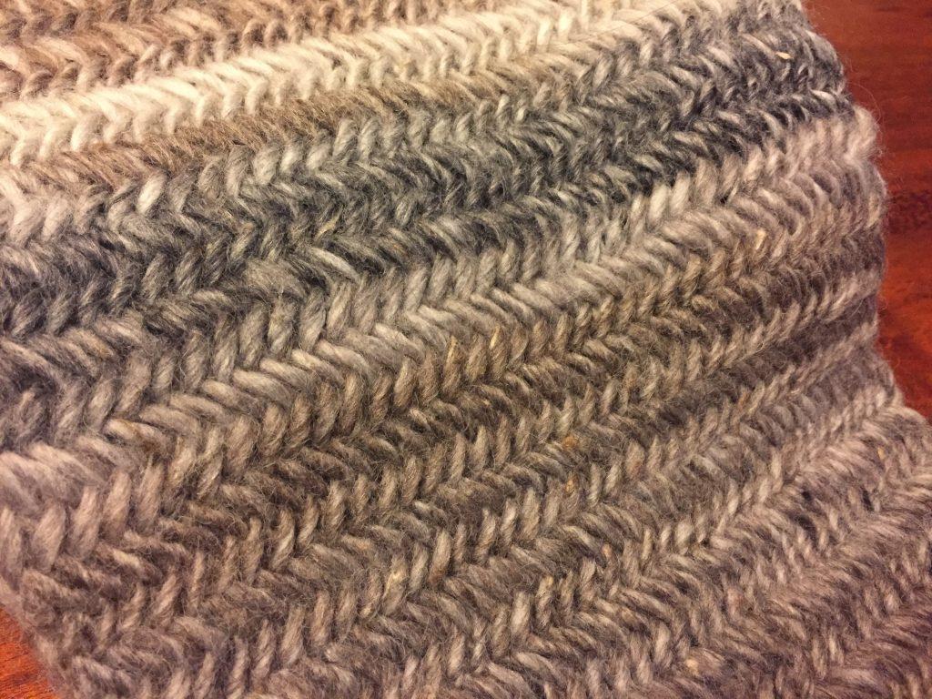 人紋字(型)圍巾