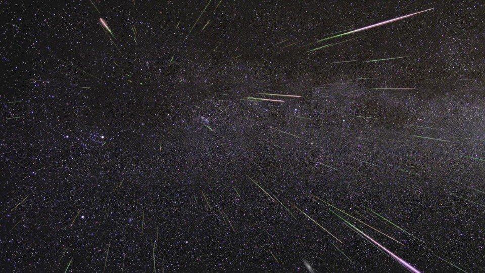 夏夜震撼!壯麗的英仙座流星雨來了!